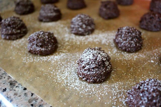 Chocolate Macaroons - 11