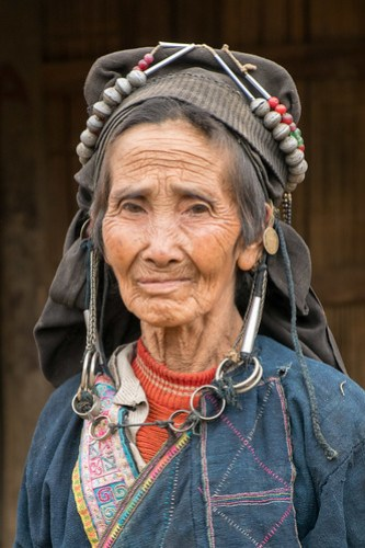 Akha grandma 2