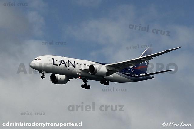LAN Airlines - Isla de Pascua / Eastern Island - Boeing 787 Dreamliner CC-BBF