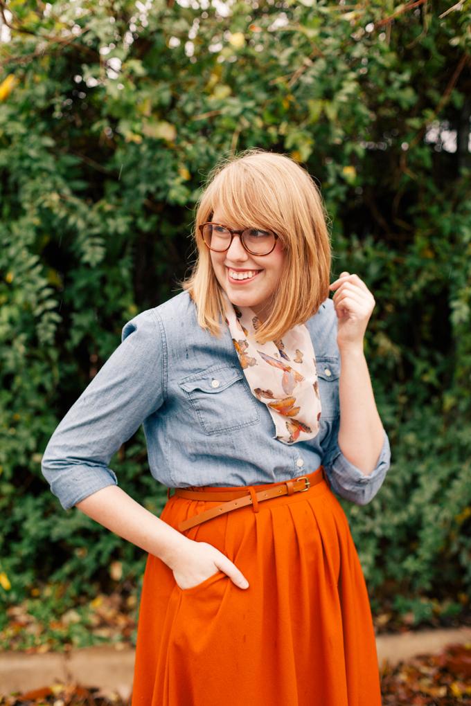 chambray shirt orange skirt5