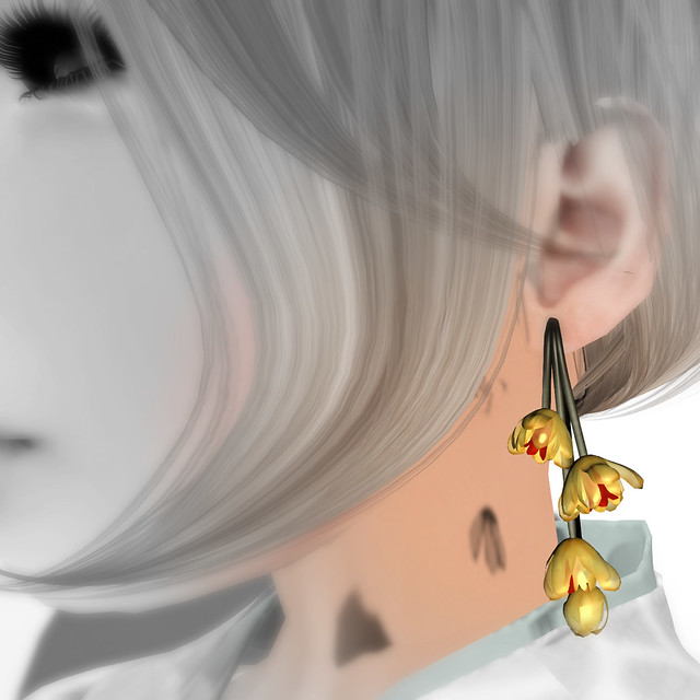 *NAMINOKE*WinterSweet - Mangetsu ro-bai earring