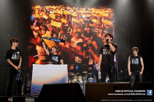 CNBLUE Stage 2