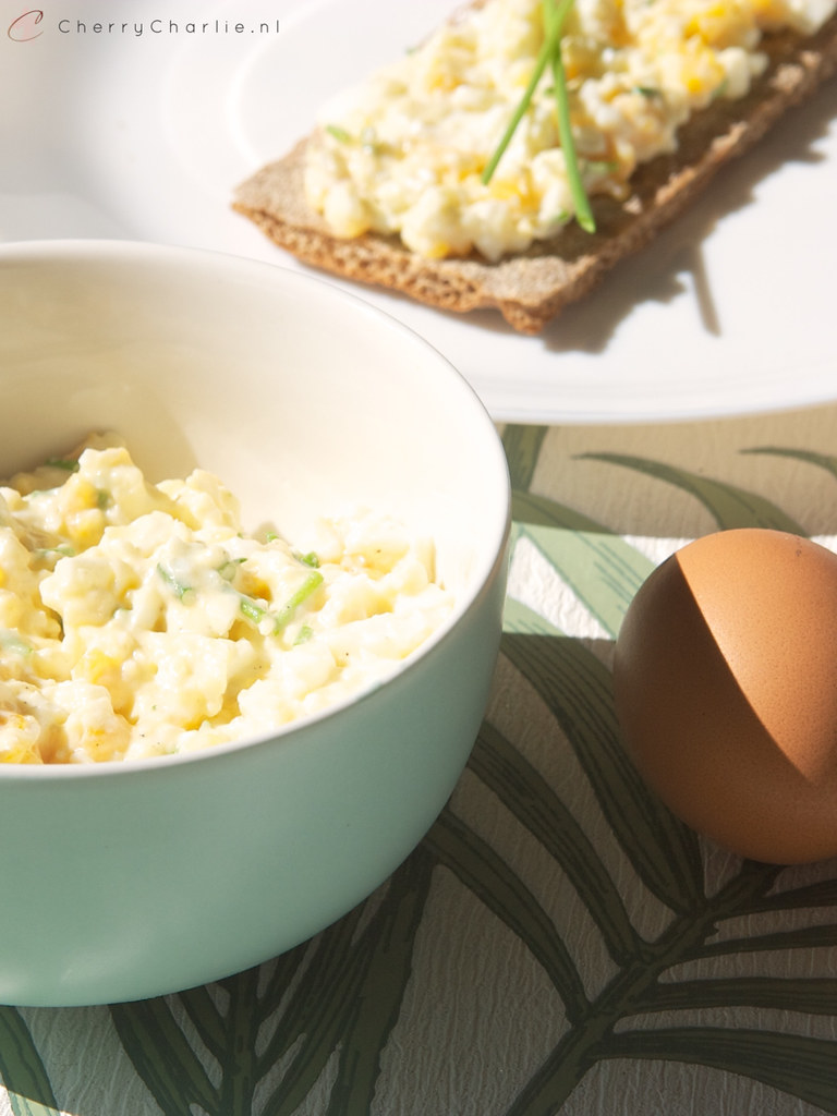 Recept: verse eiersalade voor op brood, crackers of toast • CherryCharlie.nl