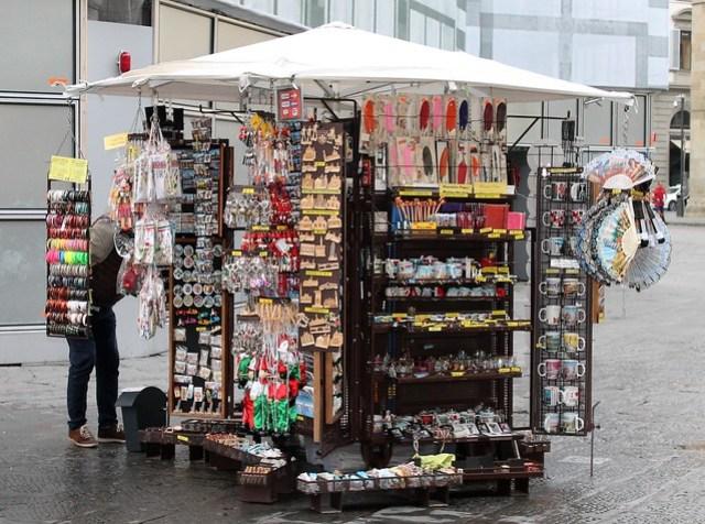 souvenir cart florence