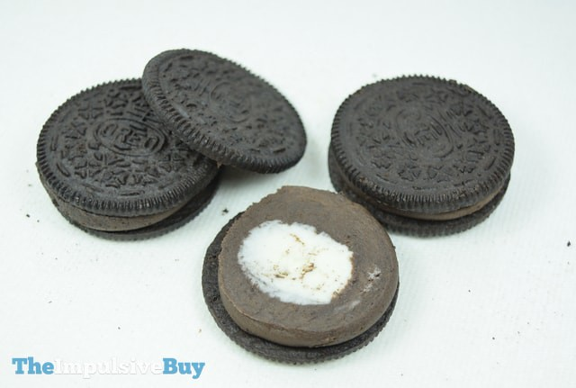 Limited Edition Filled Cupcake Oreo Cookies 2