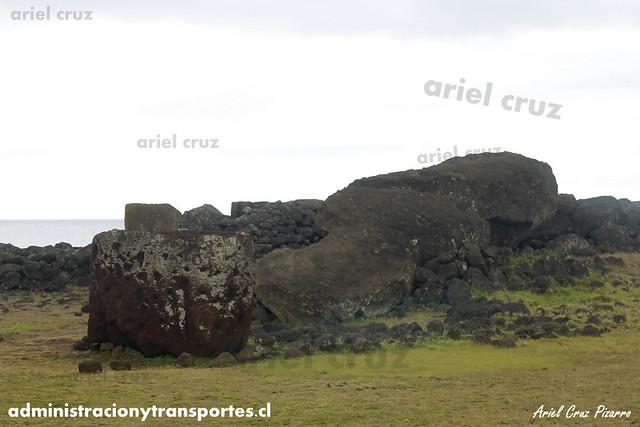 Moai (Ahu Tu'u Paro) - Isla de Pascua