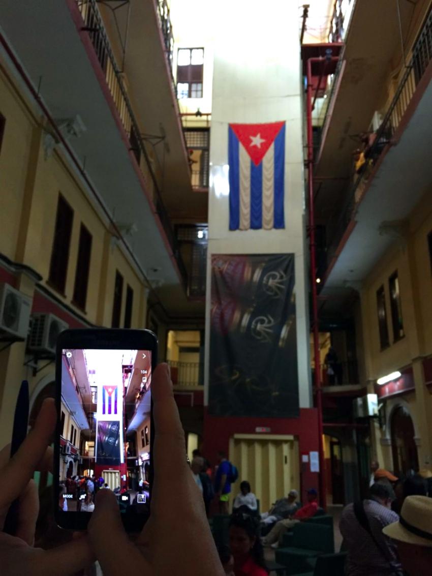 visita a la fábrica de puros de La Habana: Fabrica de Puros de La Habana en Cuba fábrica de puros de La Habana Visita a la fábrica de puros de La Habana en Cuba 26263404451 772669d649 o