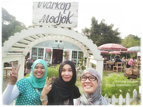 Warung Modjok, Bandung