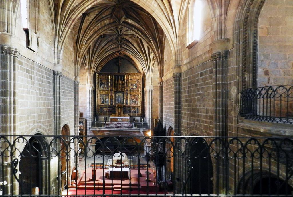 Iglesia Real Monasterio de Santo Tomas Avila 01