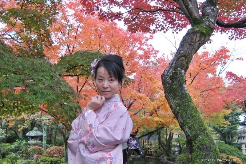 秋楓古剎滿山紅(maple red at Kyoto)
