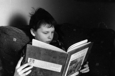 photo credit: ExpectGrain Child reading. via photopin (license)
