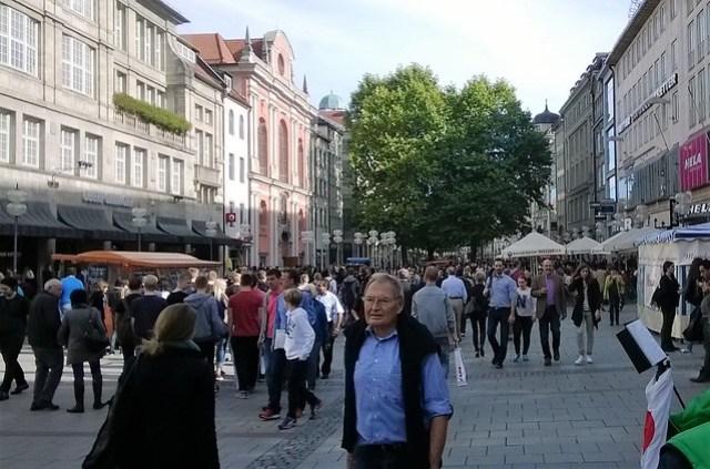munich shopping street