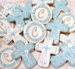 "3.5"" crosses n monogram cookies"