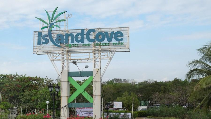 Restaurants Near Island Cove Cavite