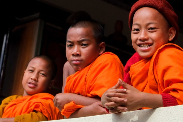 Young monks. Keng Tung