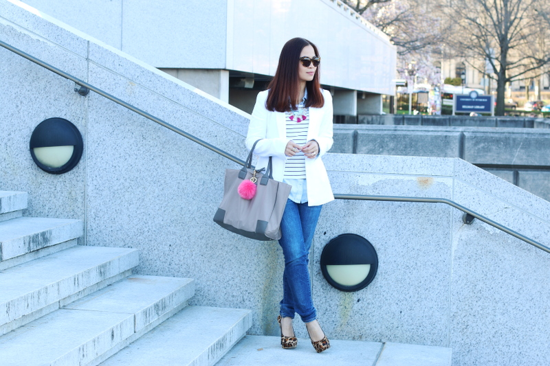 Banana-Republic-white-blazer-jeans-leopard-pumps-4