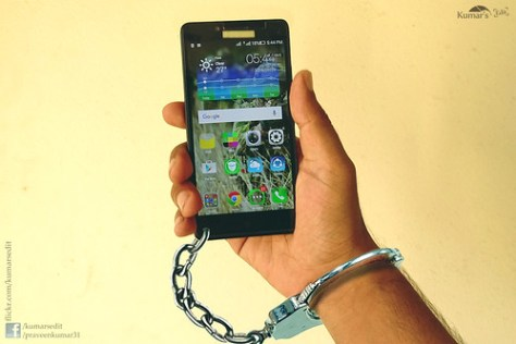 Handcuff and Locked With Smart Phone