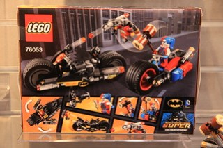 LEGO DC Comics 76053 Gotham City Cycle Chase 2
