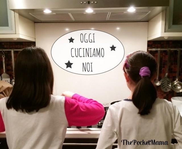 Cucinare con i bambini sperimentare giocare e pulire the pocket mama - Cucinare coi bambini ...
