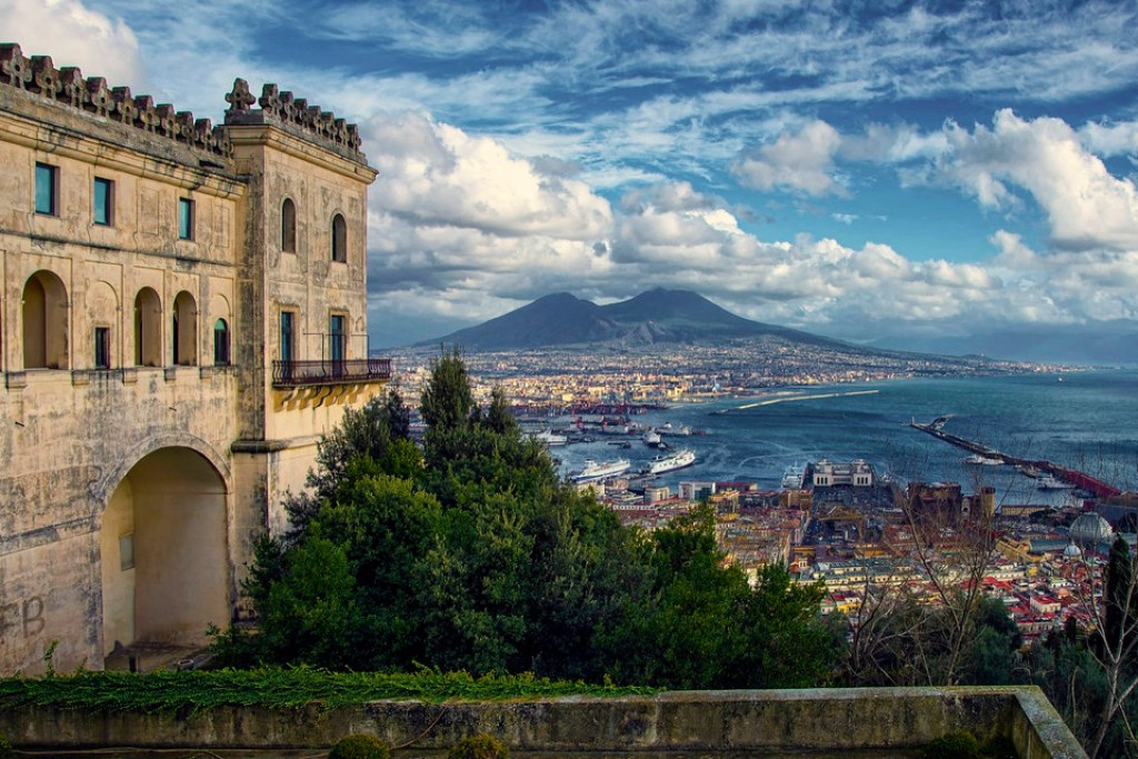 Best Places to Visit in Italy in Naples: Italy Tourism Itinerary Guide