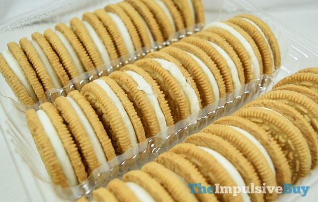 Nabisco Cinnamon Bun Oreo Cookies 2
