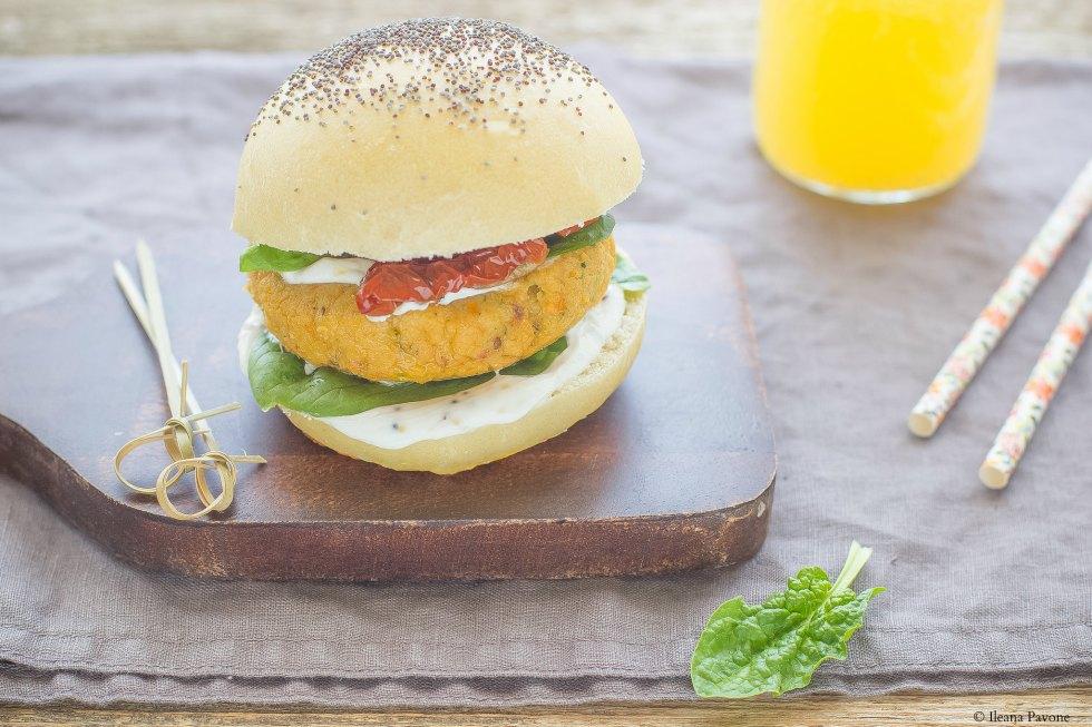 Burger vegetariani di ceci