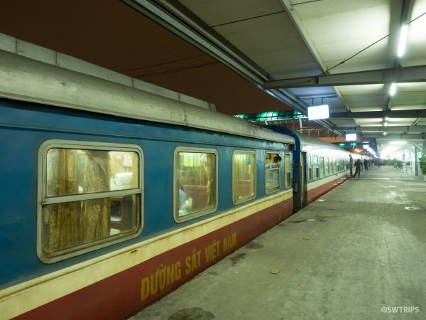 SE1 Train Hanoi to Hue - Hanoi, Vietnam.jpg