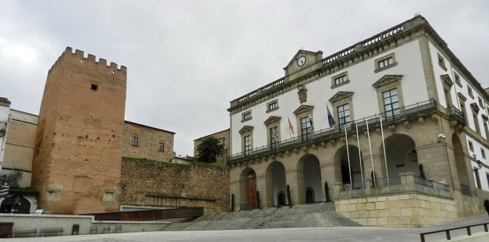 Ayuntamiento Torre de la Yerba Plaza Mayor Caceres