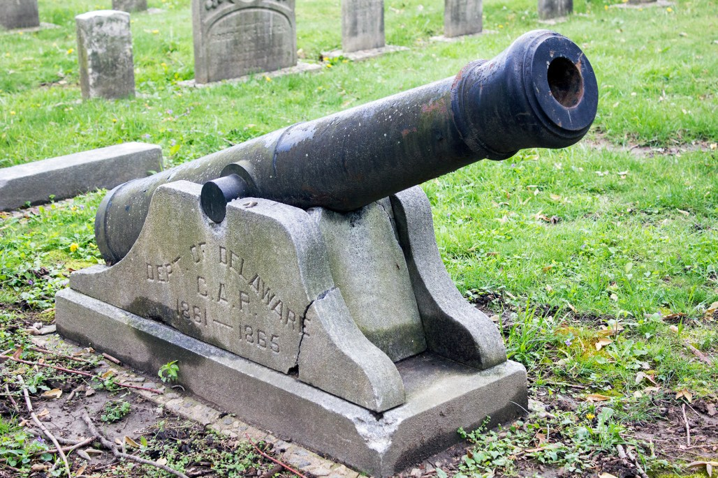 wilmington-brandywine-historical-cemetary-canon-civil-war