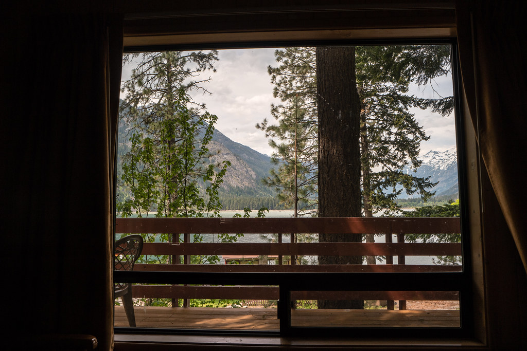 a room with a view - stehekin