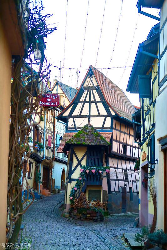[記旅] 從瑞士出發:法國阿爾薩斯省童話小鎮(II)埃吉桑 Eguisheim (法國最美小鎮) – Travelixir 旅行百憂解