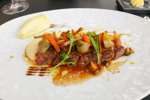 """Le cochon Ibérique Roasted Iberico pork """"pluma"""" with bell peppers and creamy polenta"""