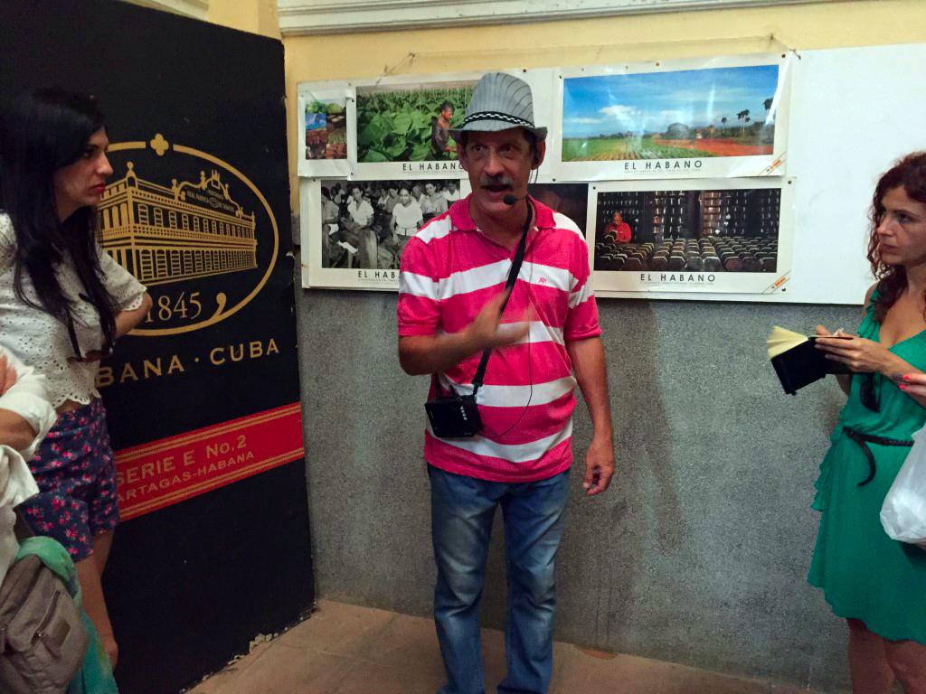 Fabrica de Puros de La Habana en Cuba fábrica de puros de La Habana Visita a la fábrica de puros de La Habana en Cuba 25724749604 bc756ef601 o