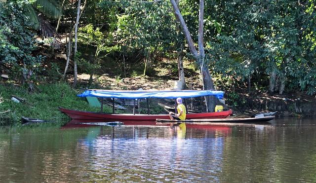 canoe amazon village