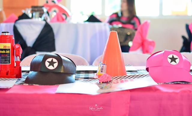 girly race car table