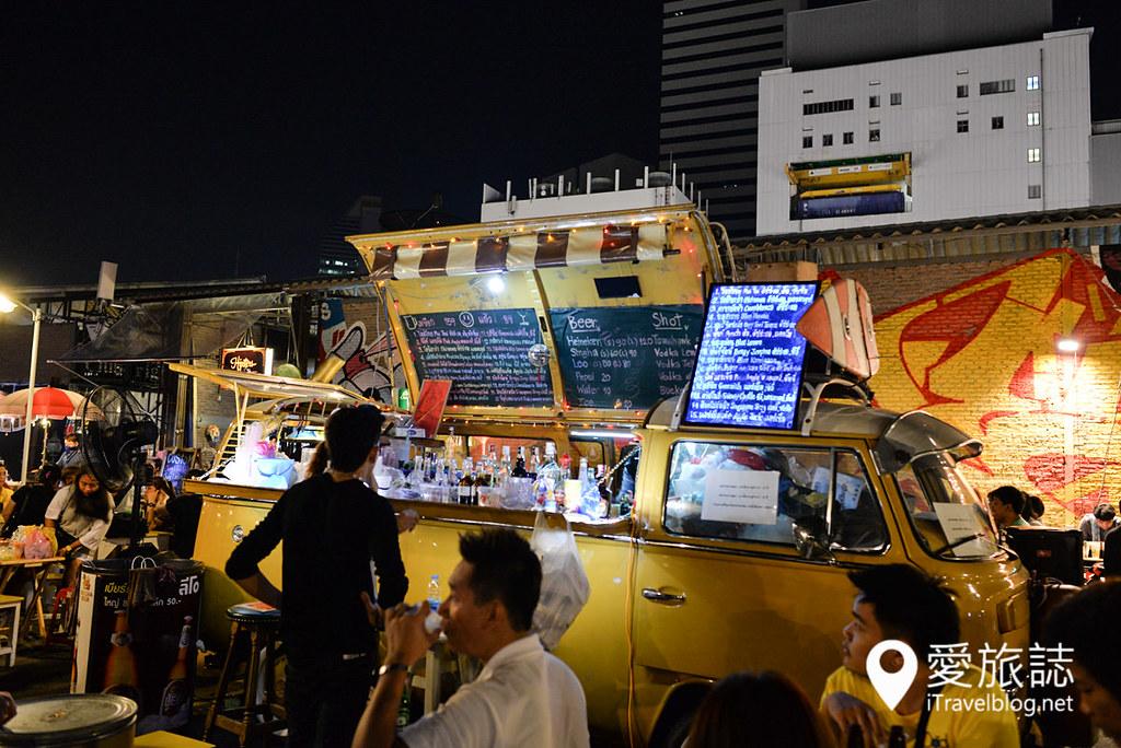 曼谷拉差达火车夜市 Train Night Market Ratchada 25