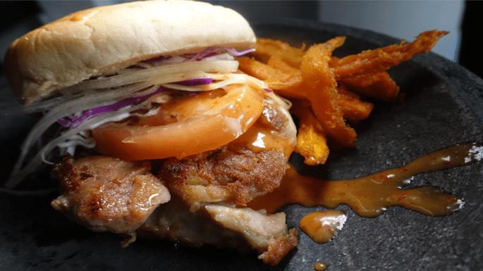 Har-cheong-gai-burger-Singapore-HK-Street-Chun-Kee