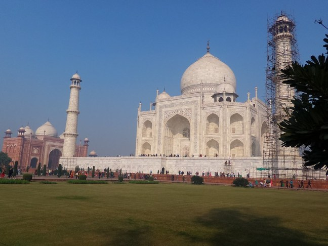 Majestic Taj Mahal via Asus Zenfone Zoom.