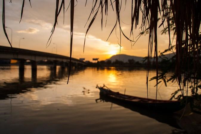 Kamopt Sonnenuntergang im Mekong