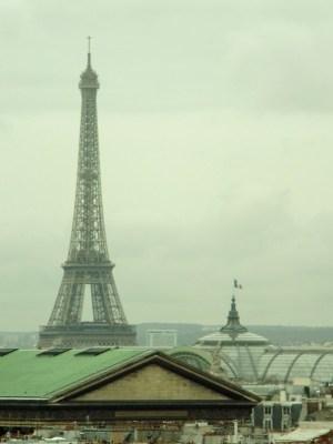 Paris Eiffel Tower - the tea break project solo female travel blog
