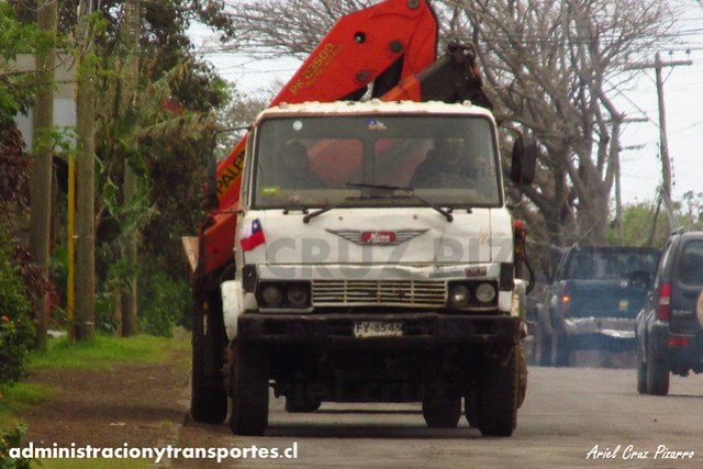 Camión Hino - Isla de Pascua