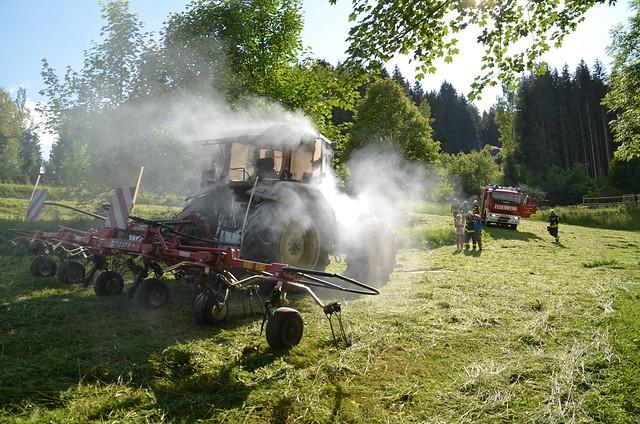 20180602 Traktorbrand