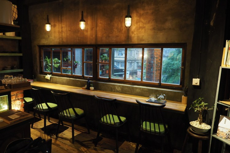 九份咖啡 散散步咖啡旅宿 老闆個性注入重建老屋的每個角落,在金瓜石呼吸山城空氣