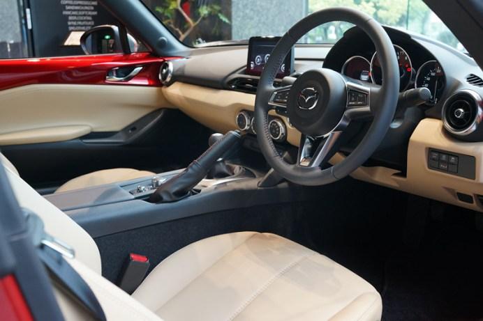 mazda-roadster117
