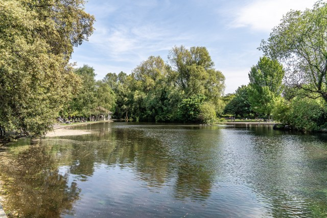 TODAY I VISITED SAINT STEPHEN'S GREEN [A REALLY POPULAR PUBLIC PARK IN DUBLIN]-140469