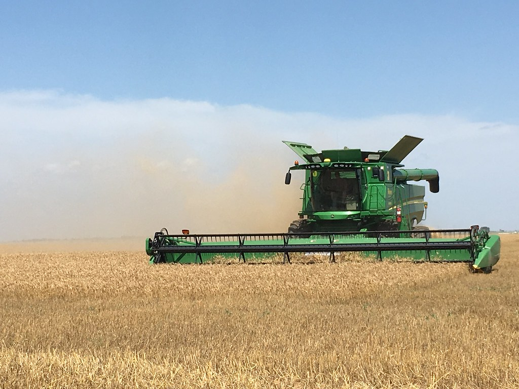 High Plains Harvesting 2018 (James)