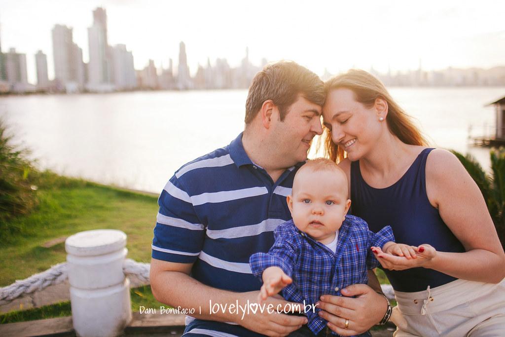 lovelylove-danibonifacio-fotografia-fotografo-acompanhamento-bebe-ensaio-book-fotosmensais-barrasul-aniversario-infantil-foto-festa-balneariocamboriu-camboriu-itajai-itapema-portobelo-meiapraia-tijucas-2