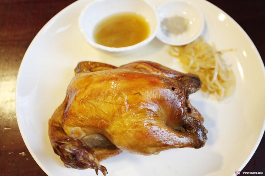 [宜蘭美食]番割田甕缸雞二訪~蘇澳交流道附近的道地料理.場地大上菜超快速吮指回味的美味烤雞 @VIVIYU小世界