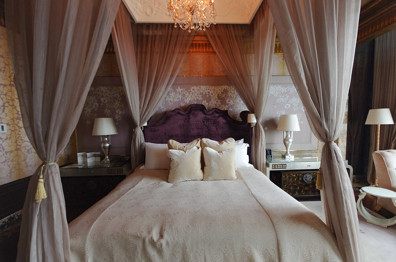 bedroom of the presidential suite - st. regis singapore