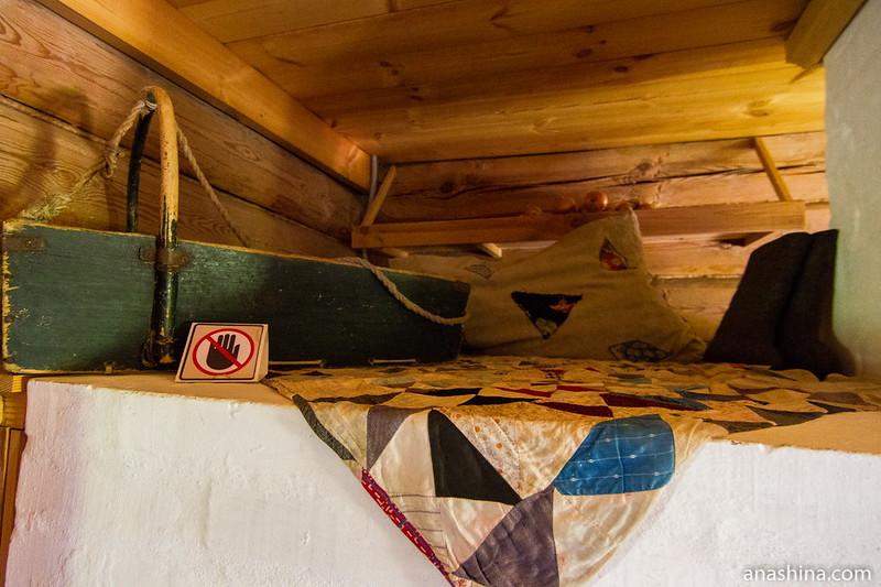 На печи, Музей деревянного зодчества, Суздаль
